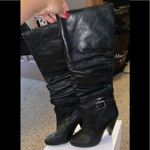Low heel black leather boots